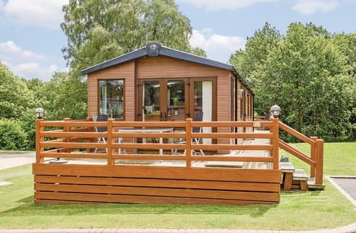 Last Minute Cottages - Lovely Bala Lodge S106818