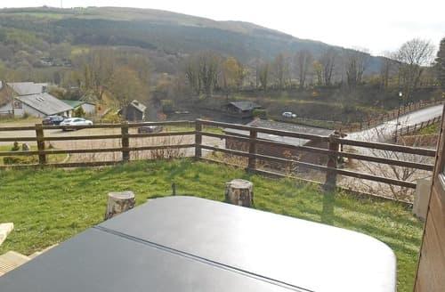 Last Minute Cottages - Splendid Caerwys Lodge S106871