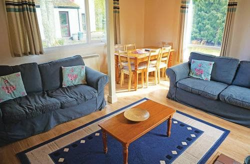 Last Minute Cottages - Wonderful Notter Bridge Lodge S106967