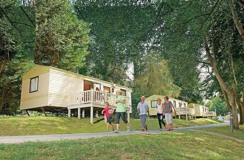 Last Minute Cottages - Adorable Shanklin Lodge S106978