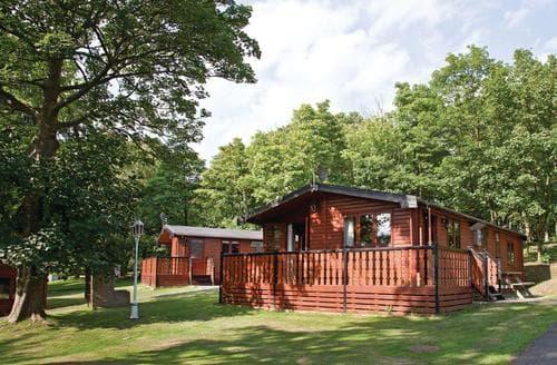 Big Cottages - Quaint Battle Lodge S107022