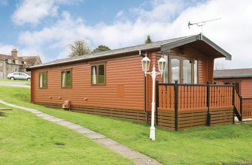 Last Minute Cottages - Delightful Battle Lodge S107032
