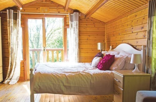 Last Minute Cottages - Exquisite Caerwys Lodge S107222