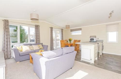 Big Cottages - Adorable Talacre Lodge S107224