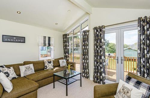 Last Minute Cottages - Delightful Pooley Bridge Lodge S107242