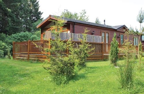 Last Minute Cottages - Wonderful Cottonhopesburnfoot Lodge S107268