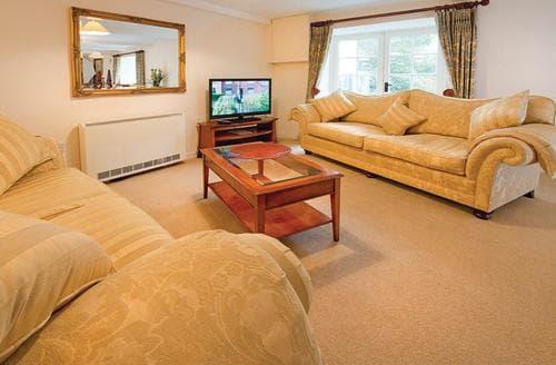 Last Minute Cottages - Luxury Lelant Lodge S107291