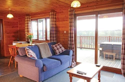 Last Minute Cottages - Luxury Holsworthy Lodge S107301
