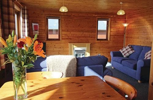 Last Minute Cottages - Excellent Holsworthy Lodge S107302