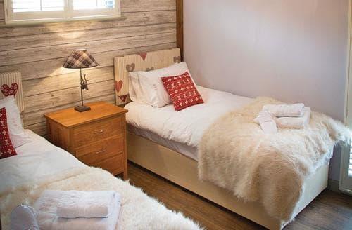 Last Minute Cottages - Superb Perlethorpe Lodge S107324