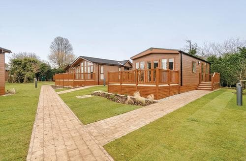 Last Minute Cottages - Lovely Canterbury Lodge S107349