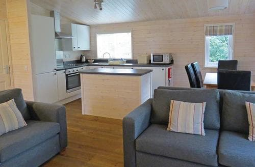 Big Cottages - Luxury Matlock Lodge S107404