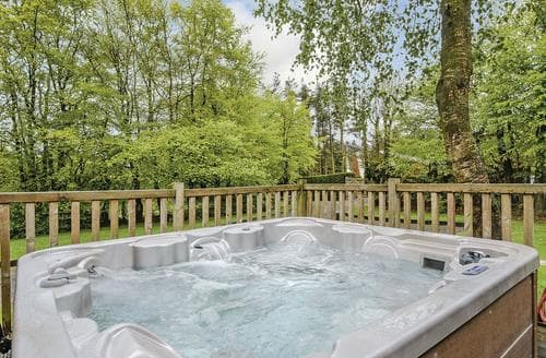 Last Minute Cottages - Inviting Matlock Lodge S107419
