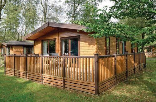 Big Cottages - Captivating Matlock Lodge S107426