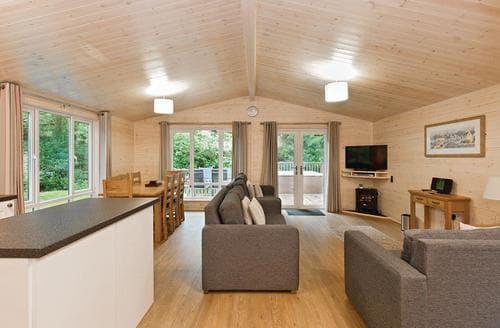 Last Minute Cottages - Haddon Classic Vogue 4 Spa