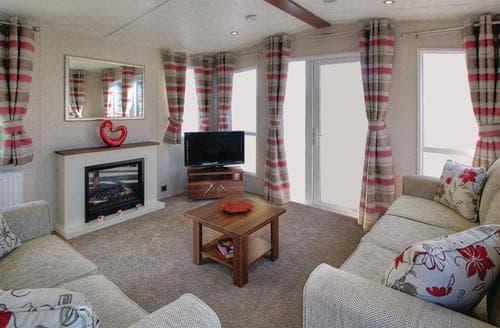 Last Minute Cottages - Inviting Invermoriston Lodge S107513