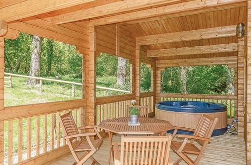 Last Minute Cottages - Exquisite Crewkerne Lodge S107796