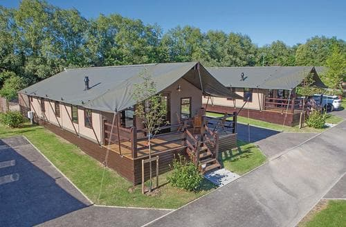 Last Minute Cottages - Tasteful Weymouth Lodge S107850