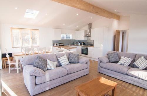 Last Minute Cottages - Exquisite Carnmenellis Lodge S107924