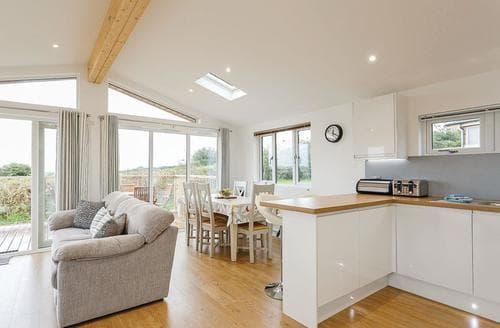 Last Minute Cottages - Splendid Carnmenellis Lodge S107925