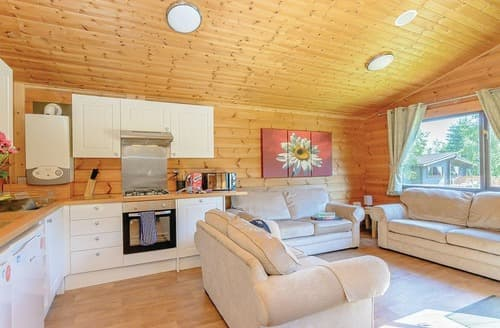 Last Minute Cottages - Splendid Sherwood Forest Lodge S107940