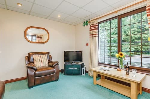 Last Minute Cottages - Excellent Brecon Beacons National Park Lodge S108085