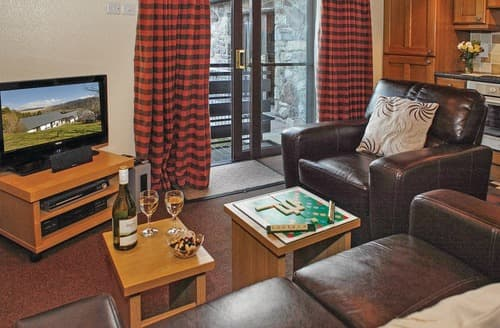 Last Minute Cottages - Adorable Brecon Beacons National Park Lodge S108090