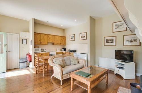 Last Minute Cottages - Wonderful Lisbellaw Lodge S108143