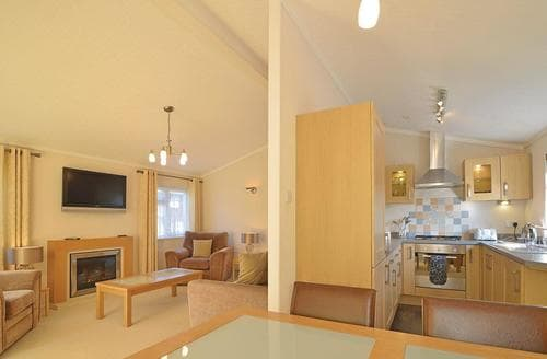 Last Minute Cottages - Superb Hastings  Lodge S108156