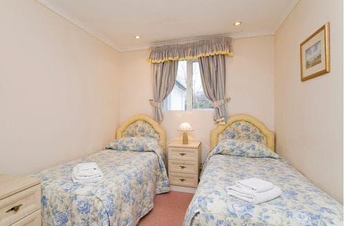 Big Cottages - Quaint Kinlochlochy Lodge S108170