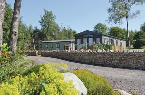 Last Minute Cottages - Excellent Dacre Lodge S108195