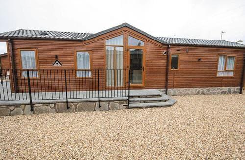 Last Minute Cottages - Superb Lochmanor Lodge S108209