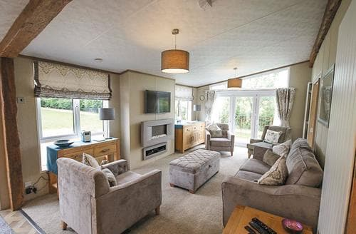 Last Minute Cottages - Cosy Lochmanor Lodge S108210