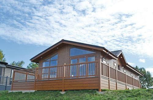 Big Cottages - Superb Tewkesbury Lodge S108214