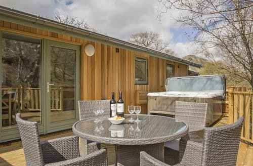 Last Minute Cottages - Cosy Patterdale Lodge S108265