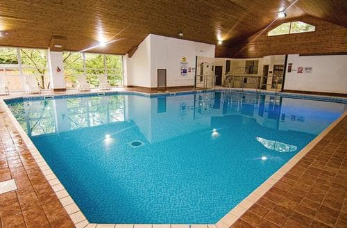 Last Minute Cottages - Charming Lake Windermere Lodge S108400