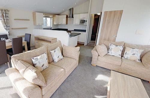 Last Minute Cottages - Stunning Birchington Lodge S108431