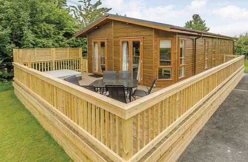 Dog Friendly Cottages - Gorgeous Westbury Lodge S108459