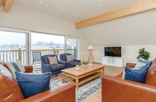 Big Cottages - Superb Fowlis Lodge S108491