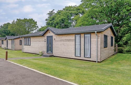 Last Minute Cottages - Captivating Hailsham Lodge S108507