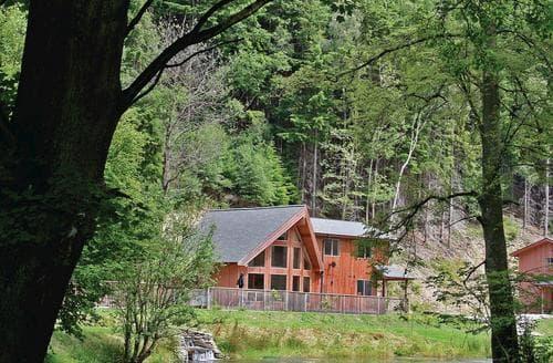 Last Minute Cottages - Inviting Llangollen Lodge S108515