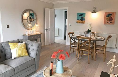 Last Minute Cottages - Splendid Freshwater Lodge S108550