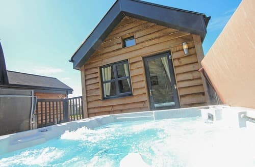Last Minute Cottages - Beautiful Annan Lodge S108558