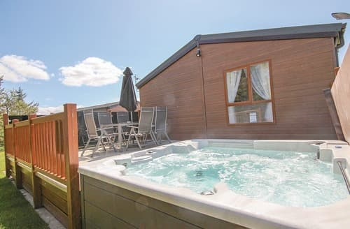 Last Minute Cottages - Gorgeous Annan Lodge S108560