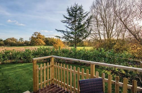 Last Minute Cottages - Inviting Dilton Marsh Lodge S108600