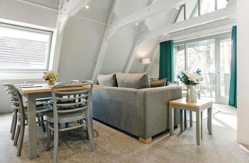 Last Minute Cottages - Beautiful Praze An Beeble Nr. Camborne Lodge S108688