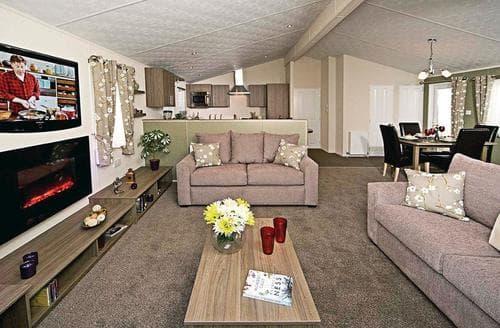 Big Cottages - Tasteful Skipsea Lodge S108689
