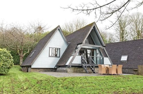 Last Minute Cottages - Hayle Lodge