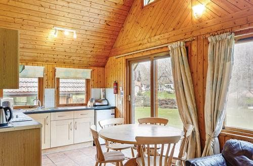 Last Minute Cottages - Wonderful St Tudy Lodge S108708