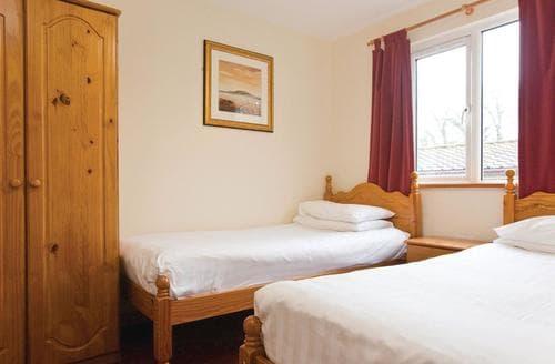 Last Minute Cottages - Splendid St Tudy Lodge S108783